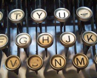 typewritera008blog-748708.jpg