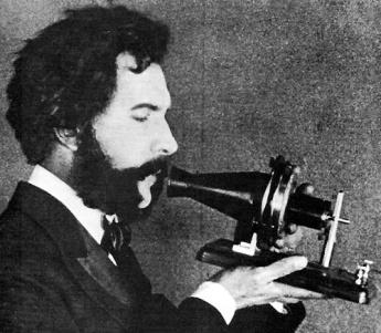 ألكسندر جراهام بيل .... مخترع التليفون alexander_graham_bell_500px.jpg?w=345&h=376&h=301